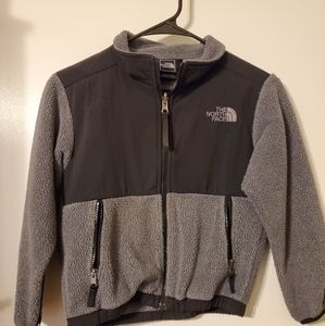 Boys size 6 north face